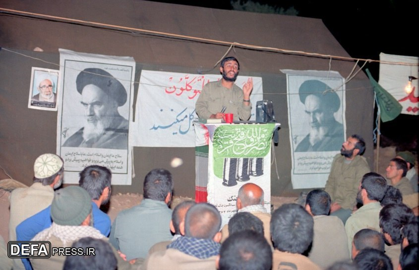 چهارمین سالگرد دفاع مقدس با سخنرانی شهید همت+ تصاویر