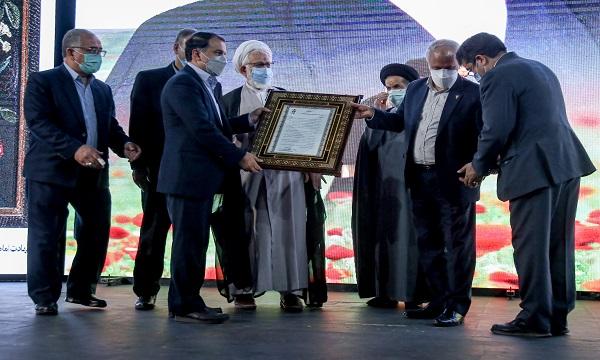 تقدیر از پنج خانواده آزاده در مراسم گرامیداشت حاج آقا ابوترابی