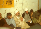 از سمت راست(ناشناس-رحیم صفوی-مرحوم آیت الله علی مشکینی-شهید محمد علی صدوقی-ناشناس-حجت الاسلام محمدی گلپایگانی)در قرارگاه